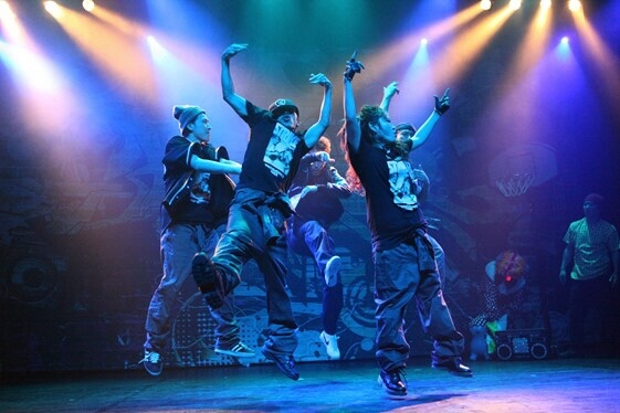 https://dance-yokohama.jp/wp-content/uploads/2017/08/gorillacrew1.jpg